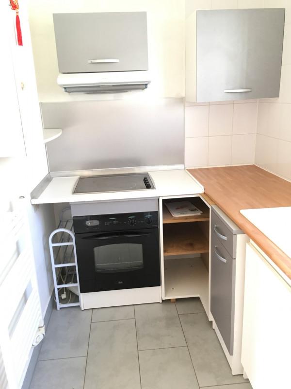 Location maison / villa Taverny 914€ CC - Photo 5
