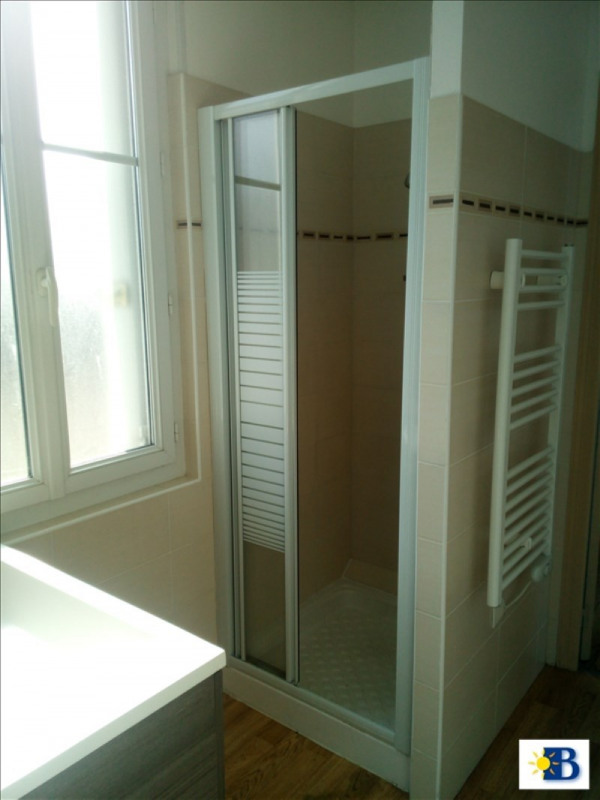 Location appartement Chatellerault 300€ CC - Photo 3