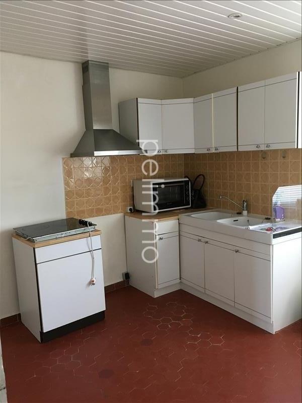 Rental apartment Pelissanne 550€ CC - Picture 5