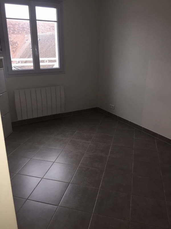 Location appartement Neuilly en thelle 730€ CC - Photo 3