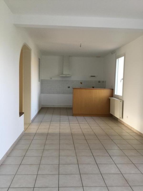 Rental house / villa La ferriere 590€ CC - Picture 2