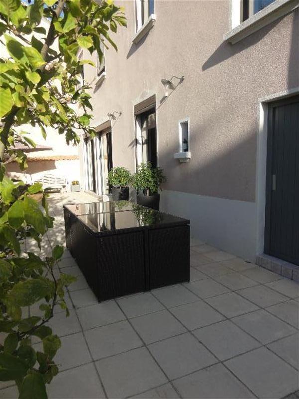 Deluxe sale house / villa Villeurbanne 990000€ - Picture 4