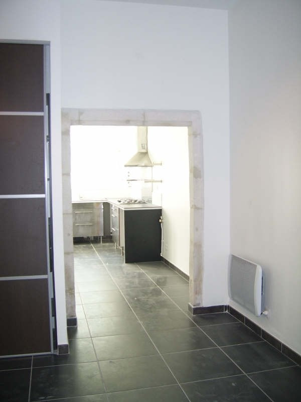 Rental apartment Nimes 580€ CC - Picture 8