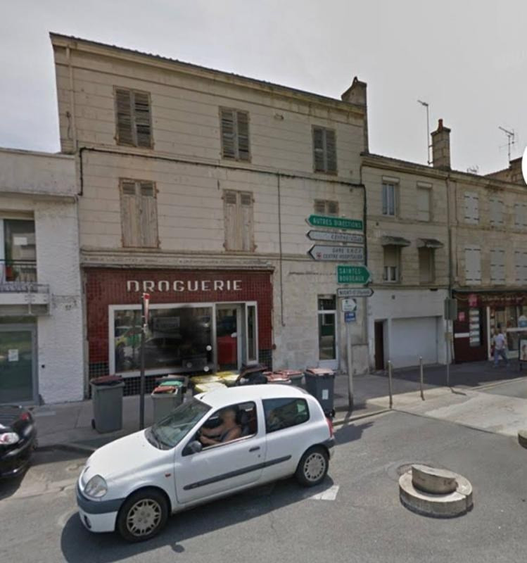 Investment property building Niort 224500€ - Picture 1