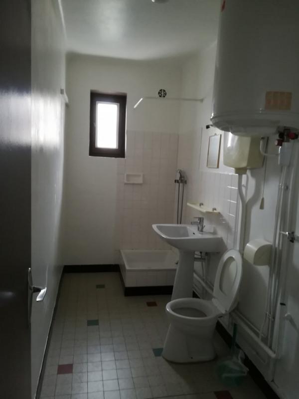 Location appartement Genas 590€ CC - Photo 6