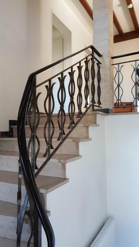 Sale house / villa La tour de salvagny 519000€ - Picture 1