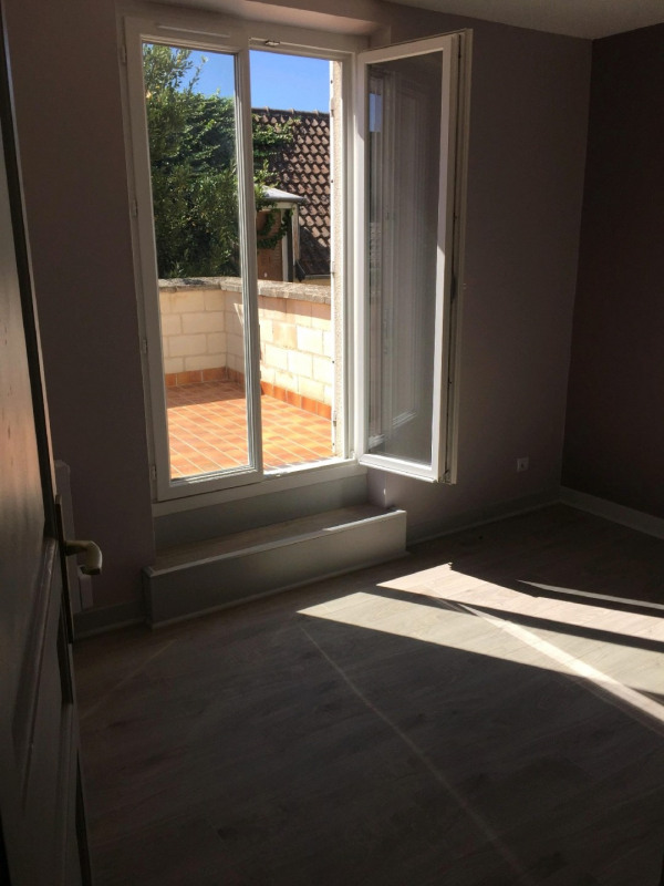 Location appartement Chambly 754€ CC - Photo 3