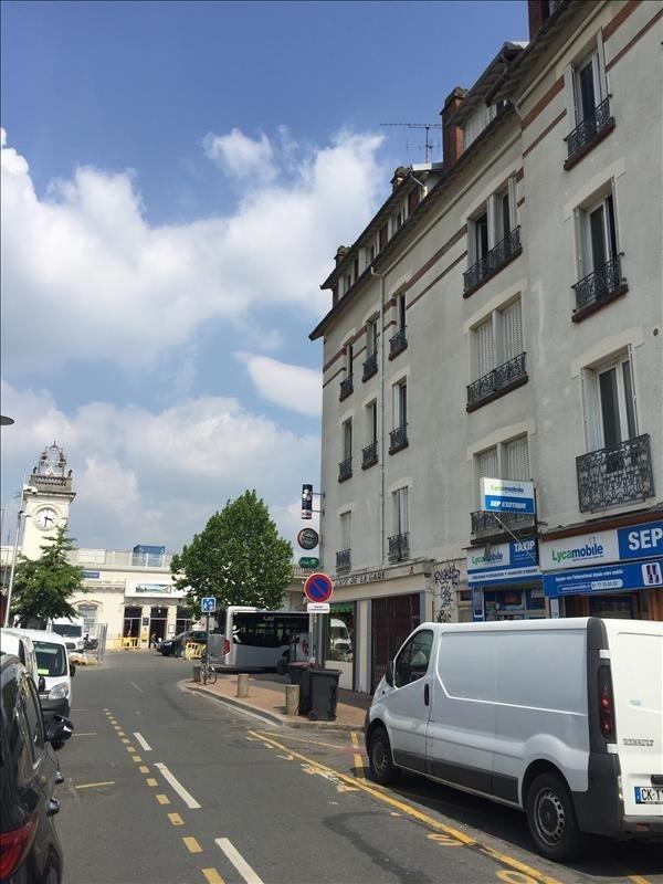 Sale apartment Juvisy sur orge 77000€ - Picture 1