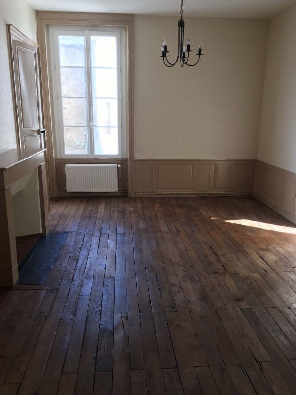 Location appartement Poitiers 589€ CC - Photo 2
