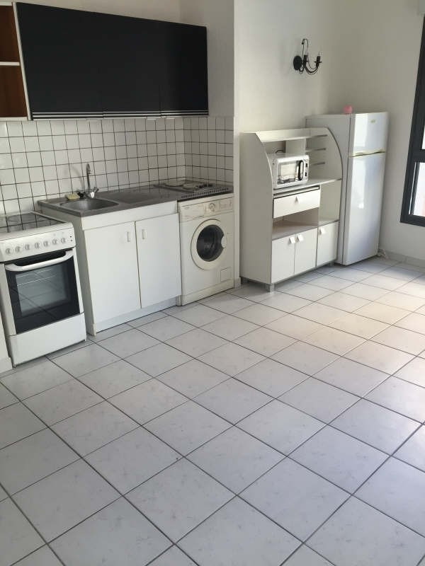 Alquiler  apartamento Nimes 490€ CC - Fotografía 3