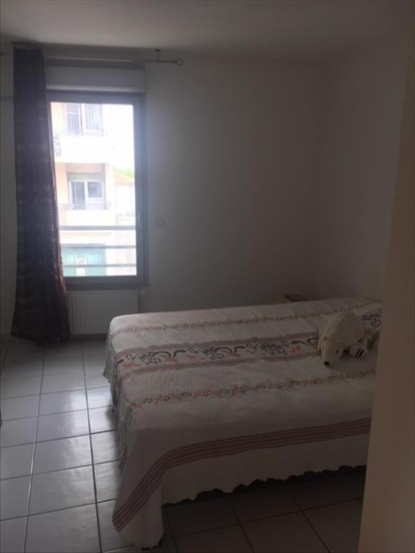 Sale apartment St laurent du var 290 850€ - Picture 3