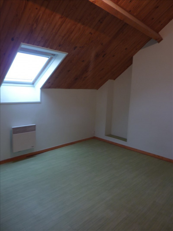 Rental apartment Claye souilly 770€ CC - Picture 5