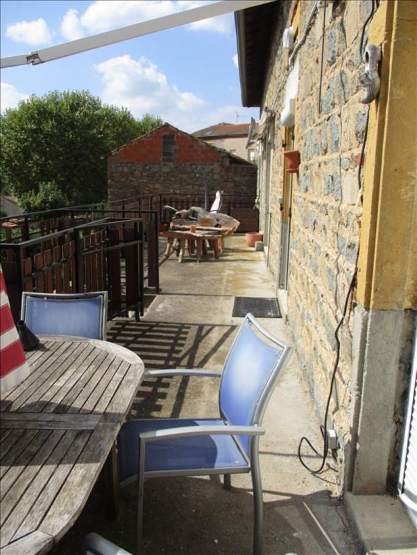 Vente maison / villa St symphorien de lay 139000€ - Photo 2