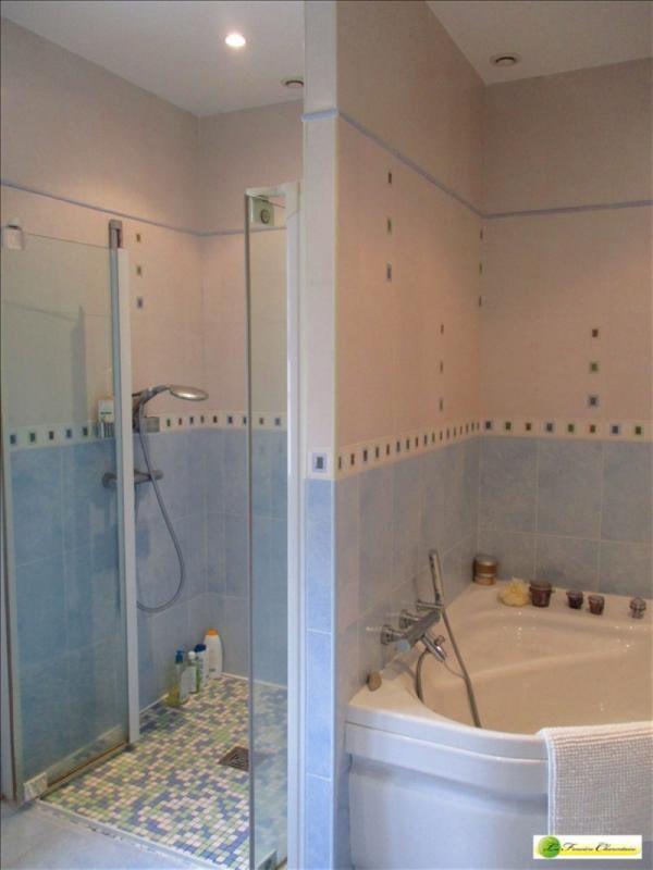 Vente maison / villa Voeuil et giget 424000€ - Photo 13