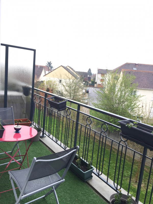 Rental apartment Roissy-en-brie 845€ CC - Picture 4