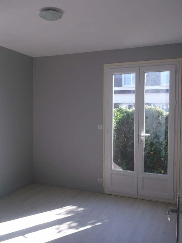 Rental house / villa Senlis 1 015€ CC - Picture 6