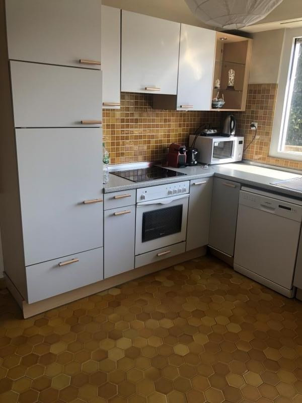 Rental apartment Illkirch graffenstaden 910€ CC - Picture 4