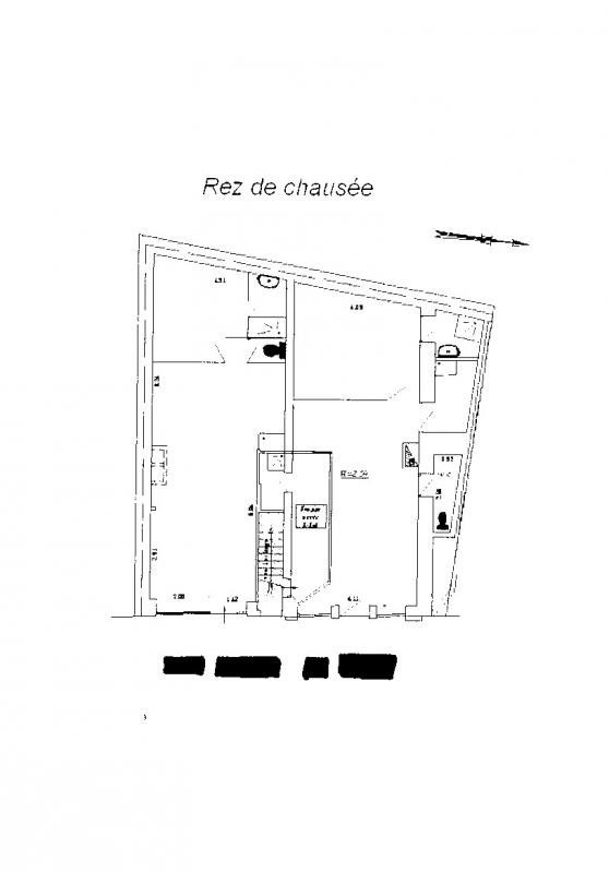 Investment property building Paris 18ème 1 560 000€ - Picture 2