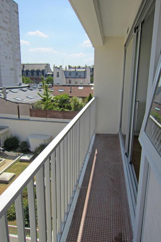 Location appartement Paris 10ème 990€ CC - Photo 8
