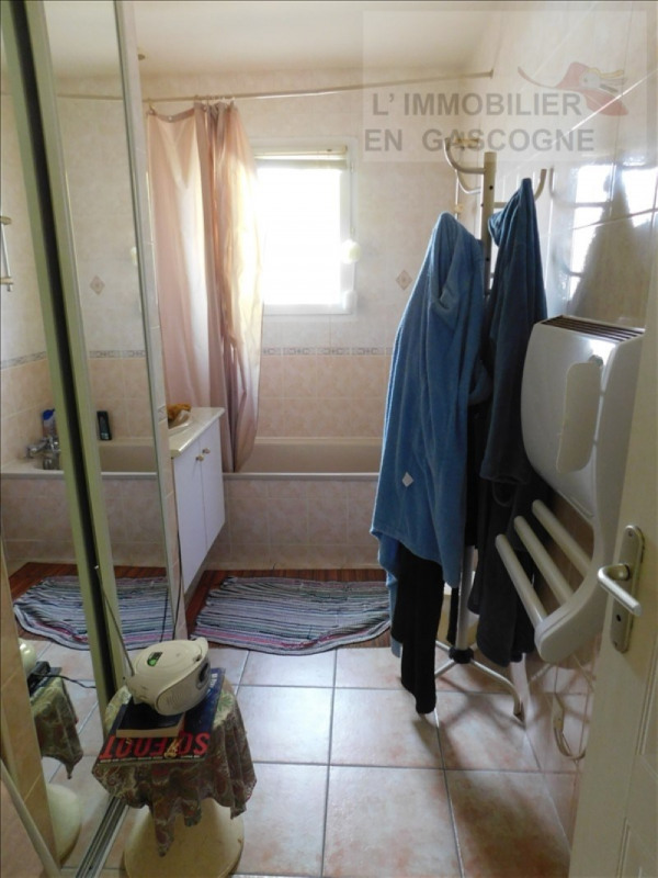 Revenda casa Pavie 220000€ - Fotografia 7