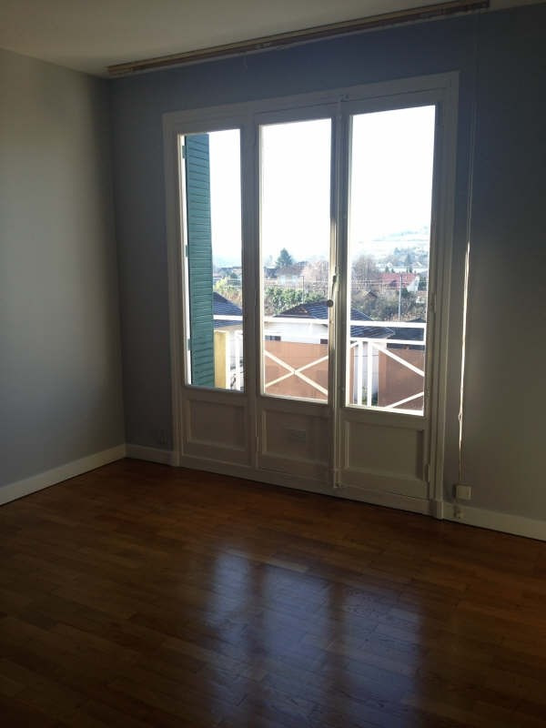 Rental apartment Voiron 601€ CC - Picture 3