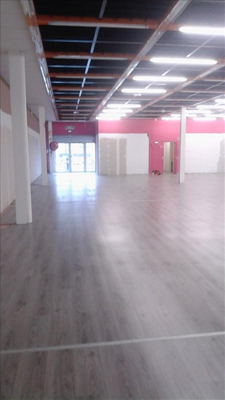 Sale shop Mourenx 369600€ - Picture 3