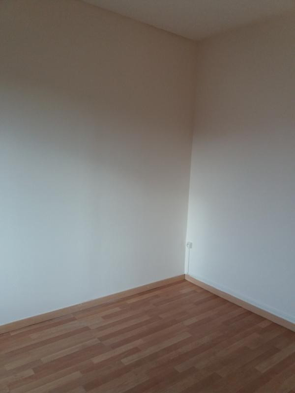 Location appartement Pont sur yonne 300€ CC - Photo 3