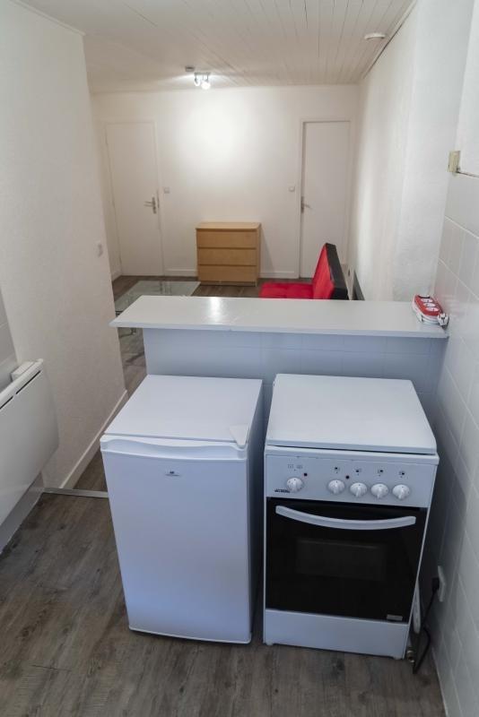Location appartement Montreal la cluse 207€ CC - Photo 6
