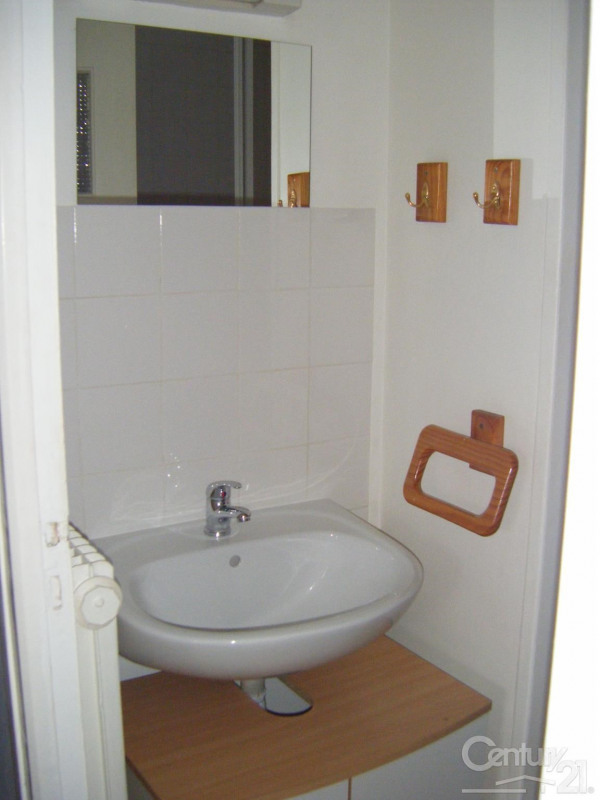 Location appartement Caen 417€ CC - Photo 4