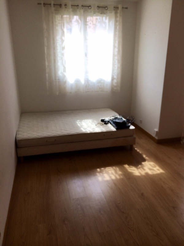 Location appartement Maurepas 679€ CC - Photo 3