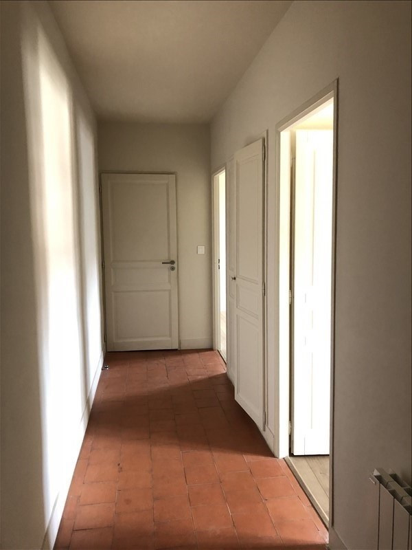 Alquiler  apartamento Nimes 800€ CC - Fotografía 6