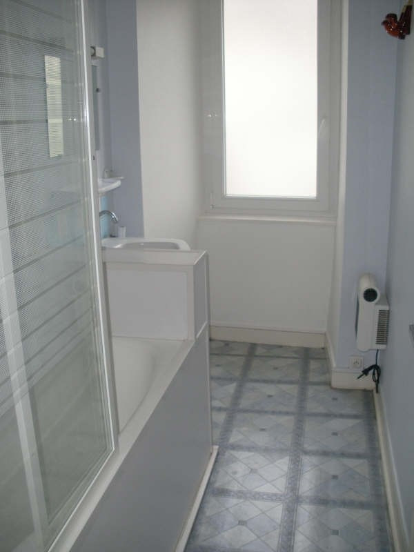 Location appartement Lannilis 412€ CC - Photo 7