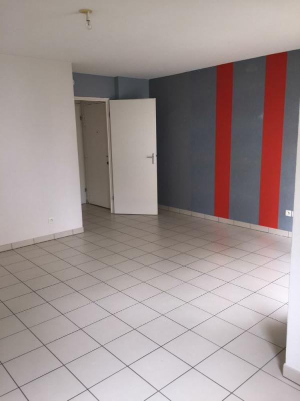 Vente appartement Lisieux 74 000€ - Photo 1