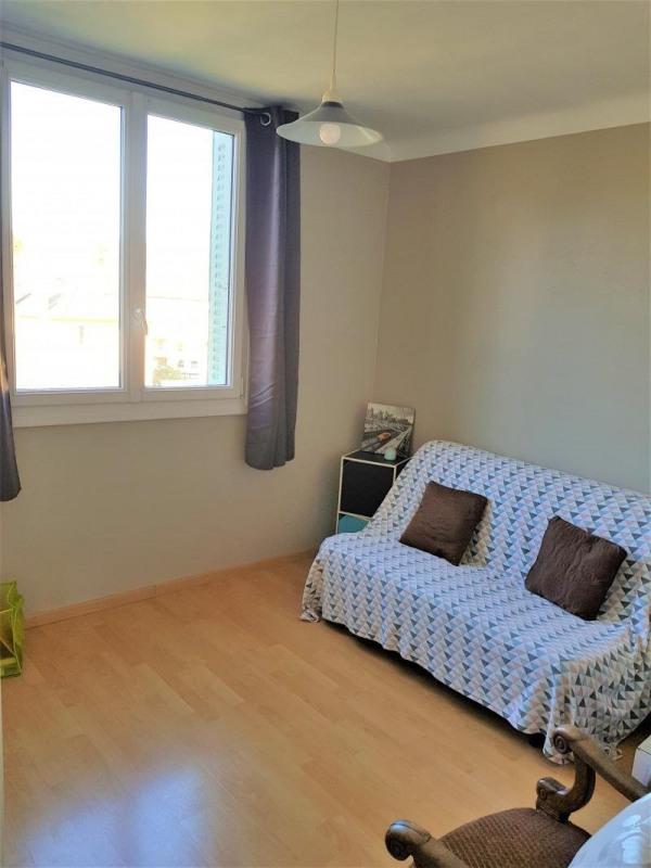 Sale apartment Charbonnieres les bains 187000€ - Picture 6
