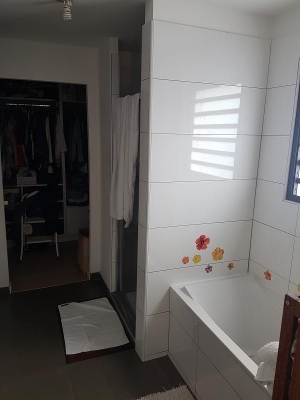 Deluxe sale house / villa St gilles les bains 650000€ - Picture 8