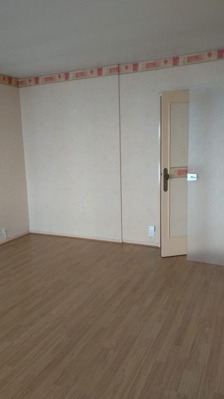 Rental apartment Chatou 1009€ CC - Picture 3