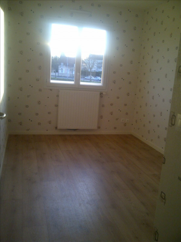 Location maison / villa Le mans 754€ CC - Photo 5