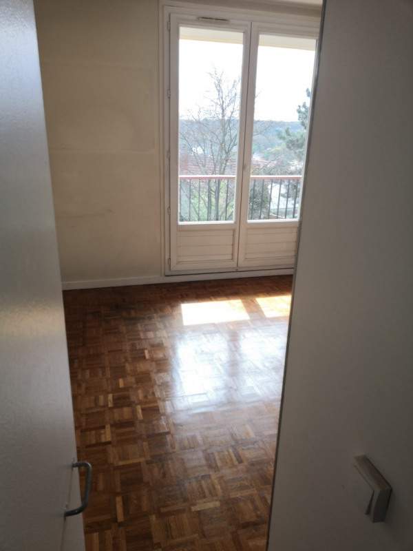 Location appartement Le plessis-robinson 1 200€ CC - Photo 5