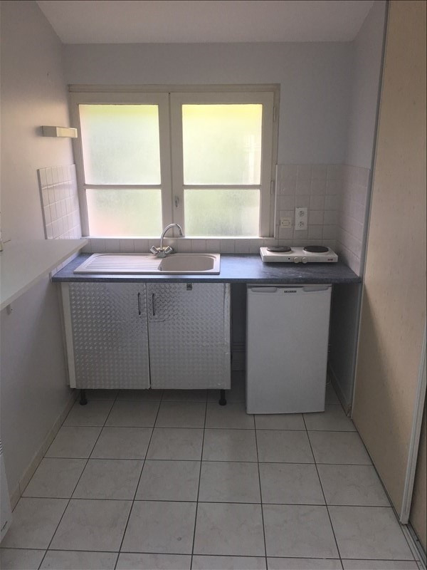 Location appartement Poitiers 379€ CC - Photo 3