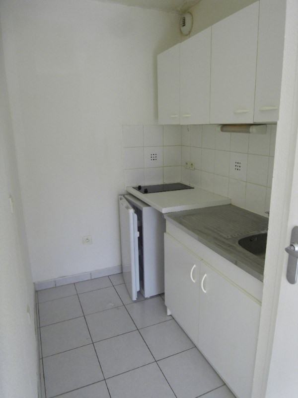 Rental apartment Cognac 424€ CC - Picture 3