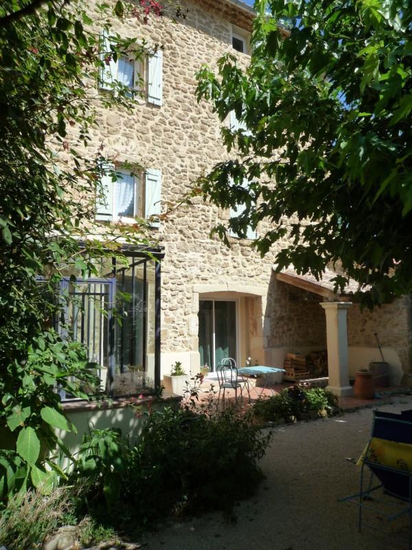Sale house / villa Serignan du comtat 472500€ - Picture 1