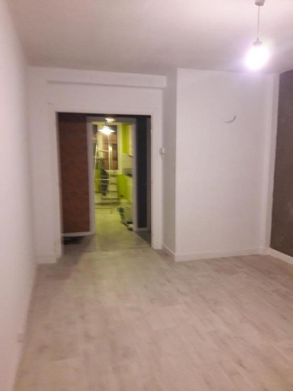 Locação apartamento Saint-étienne 420€ CC - Fotografia 4