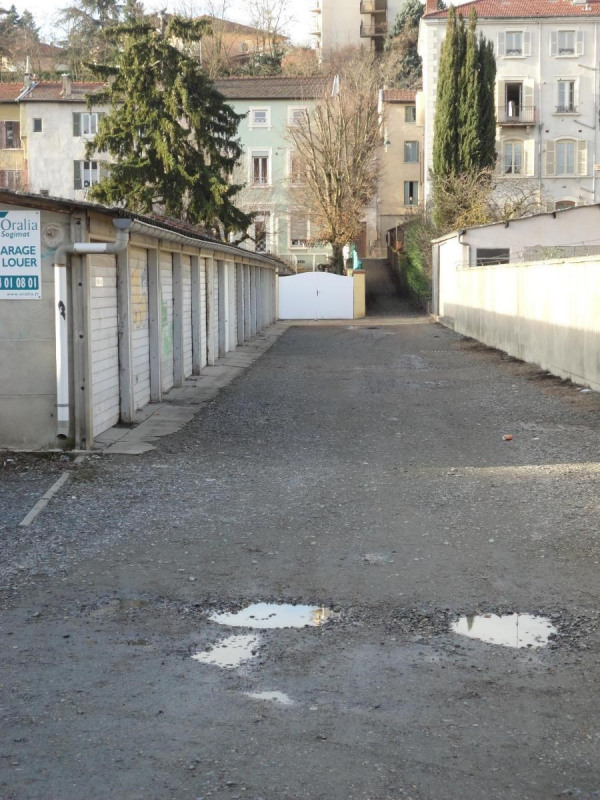 Location parking L'arbresle 56€ CC - Photo 2