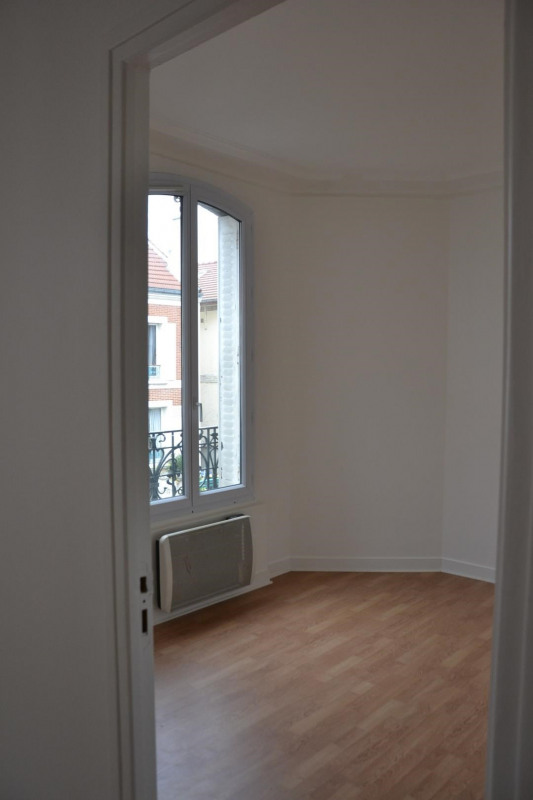 Location appartement Bois-colombes 780€ CC - Photo 3