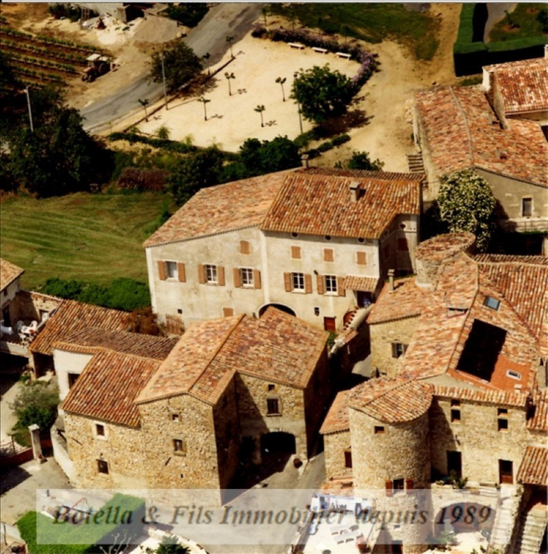 Sale house / villa Barjac 335000€ - Picture 1