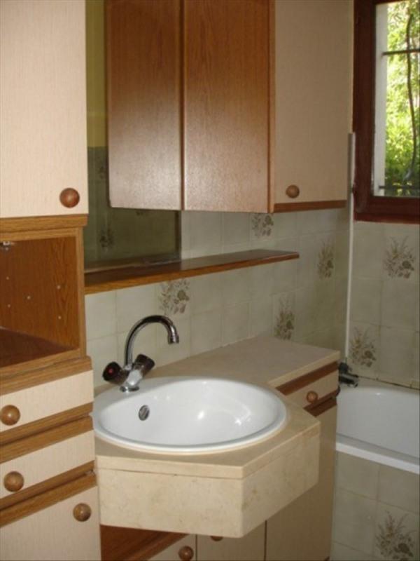 Location maison / villa Sebazac concoures 660€ CC - Photo 9
