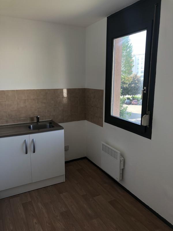 Vente appartement Strasbourg 130000€ - Photo 2