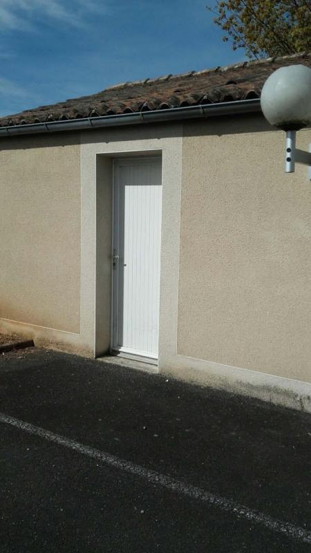 Location appartement Niort 466€ CC - Photo 7
