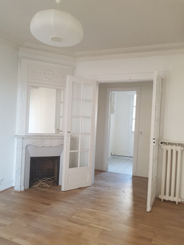 Rental apartment Paris 14ème 1 452€ CC - Picture 1