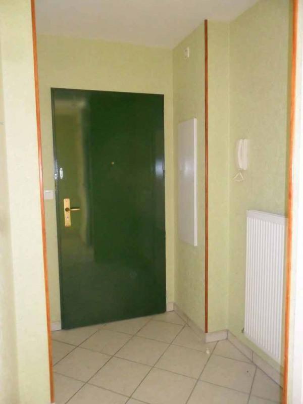 Location appartement Roche-la-moliere 564€ CC - Photo 8